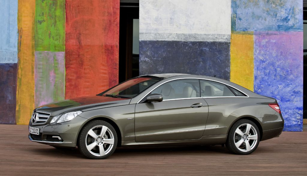 geneva 2009 mercedes benz e class coupe revealed. Black Bedroom Furniture Sets. Home Design Ideas