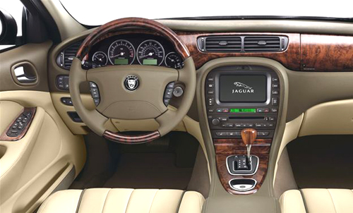 2008_jaguar_s-type_r_dash