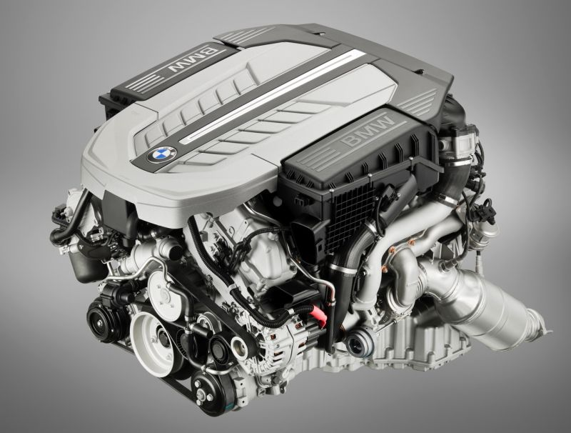 2010 Bmw 760i Packs Twin Turbo V12