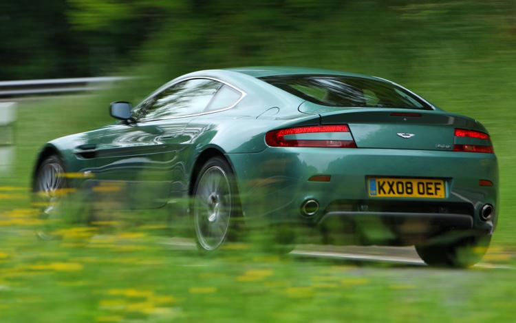 2009 Aston Martin V8 Vantage Road Test