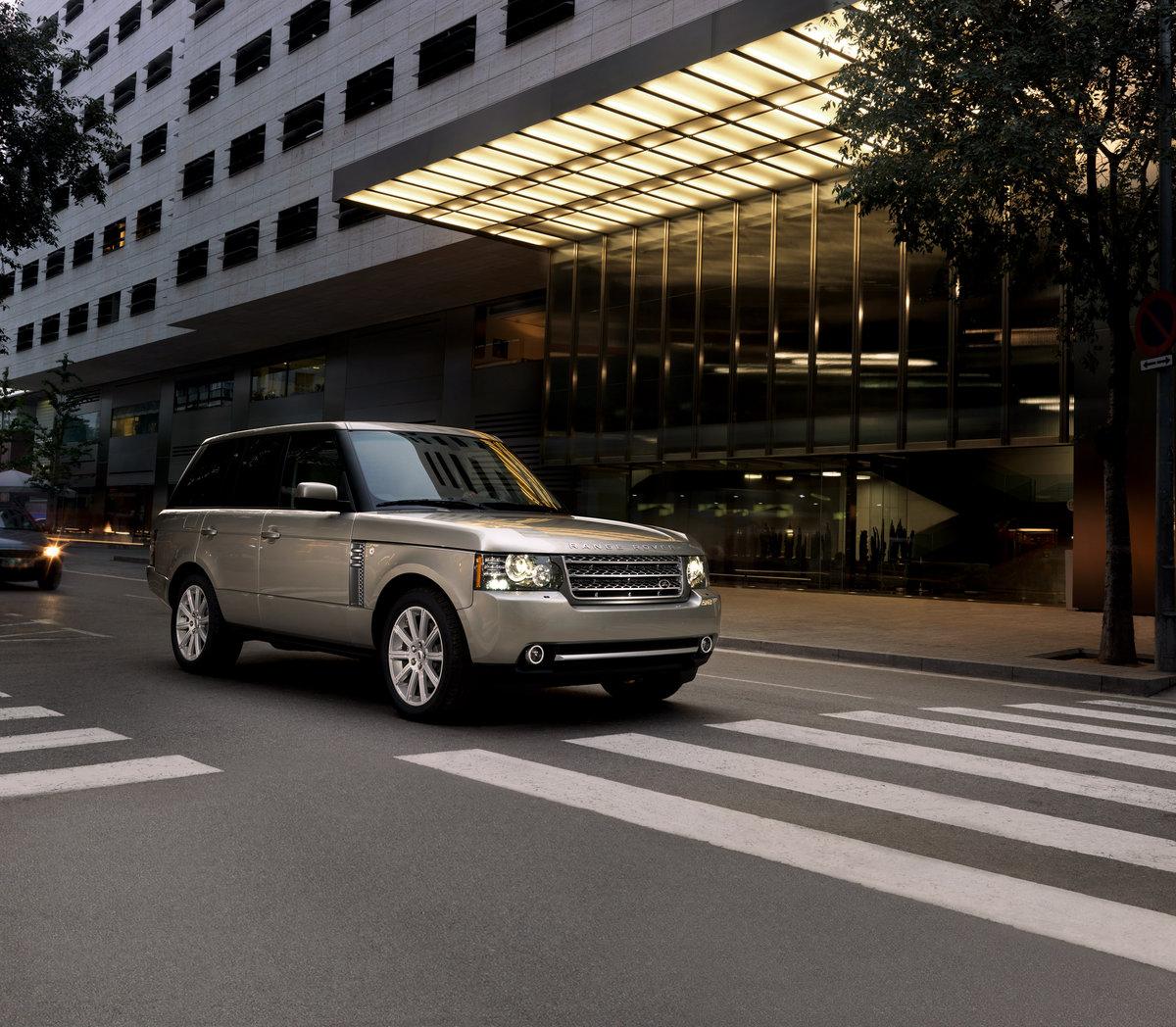 New York 2009: 2010 Land Rover Range Rover