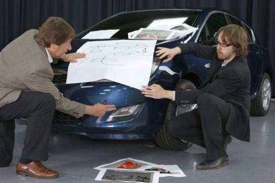 2010 Opel Astra teaser shot