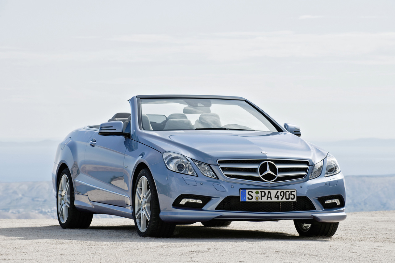 Mercedes debuts e class cabriolet ahead of detroit for Mercedes benz c300 windshield replacement