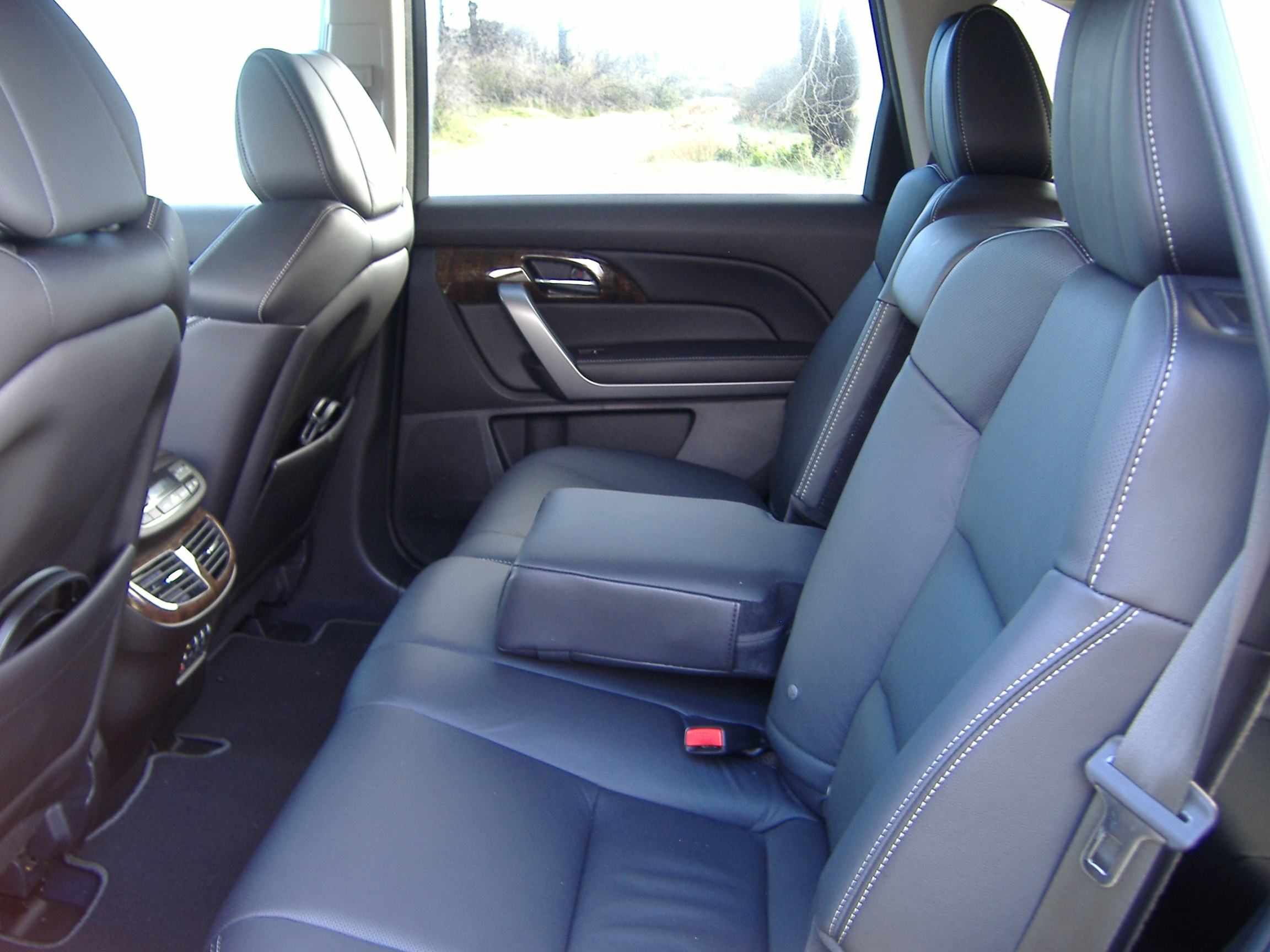 2010 acura mdx review. Black Bedroom Furniture Sets. Home Design Ideas