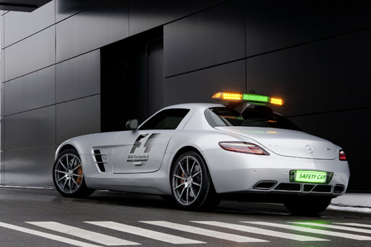 mercedes benz sls amg gullwing official f1 safety car. Black Bedroom Furniture Sets. Home Design Ideas