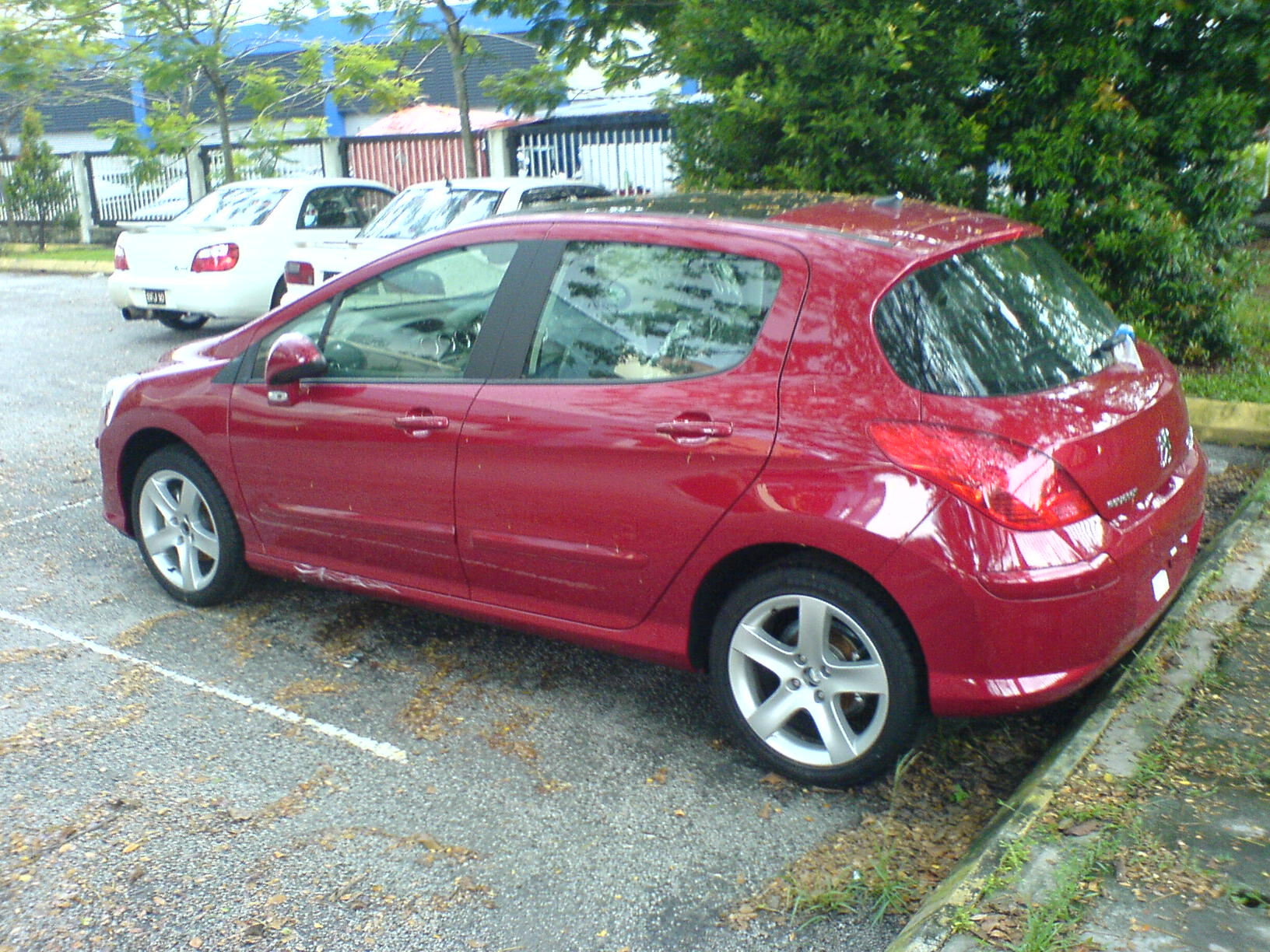 peugeot 308 1.6thp review: performance car or.?