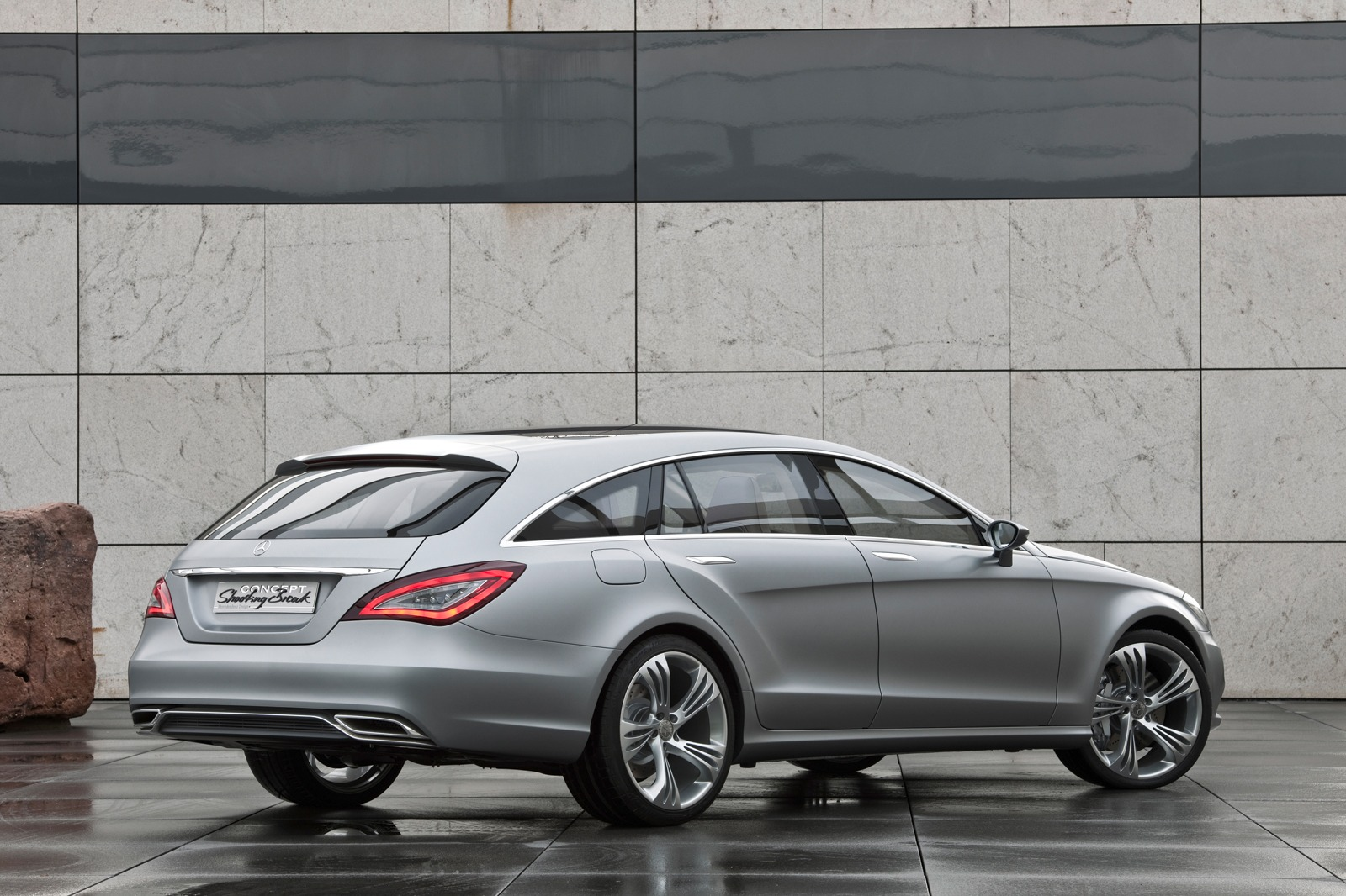 Beijing 2010 mercedes benz cls shooting break concept for Mercedes benz schedule a