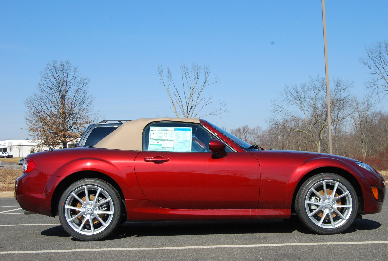 Mazda Miata The Best British Sports Car Isnt British - Little sports cars