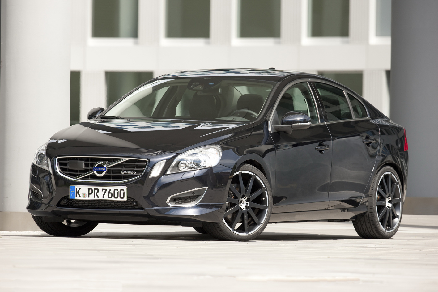 Volvo Introduces Heico Sportiv Limited Edition S60 T6