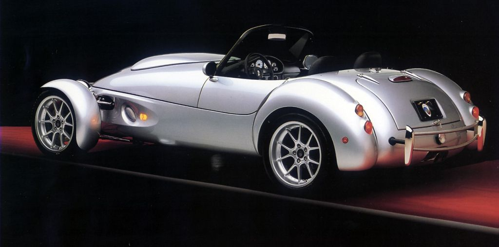 America S Forgotten Sports Car The Panoz Roadster Aiv