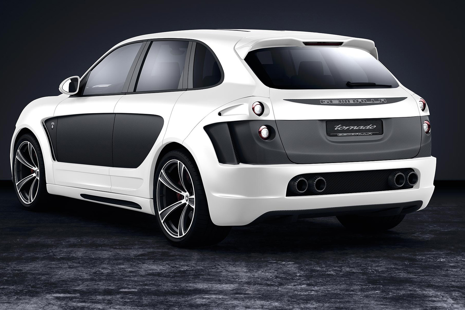 gemballa introduces tuning package for new porsche cayenne. Black Bedroom Furniture Sets. Home Design Ideas