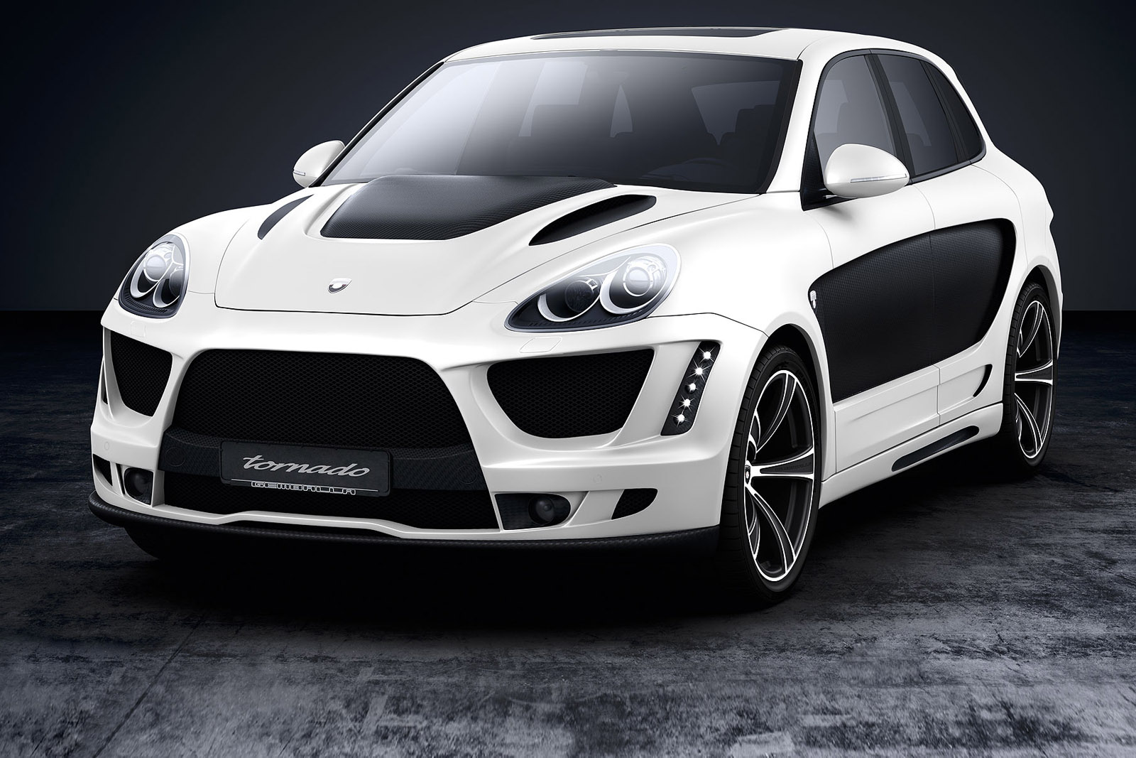 Gemballa Introduces Tuning Package for New Porsche Cayenne