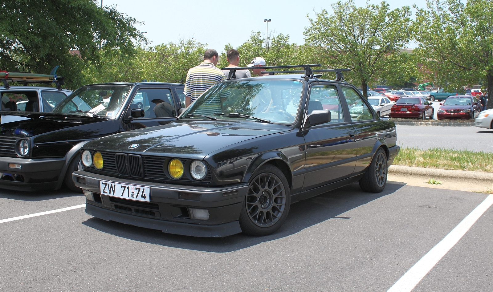 black lowered red stock | BMW E30 S50 Project