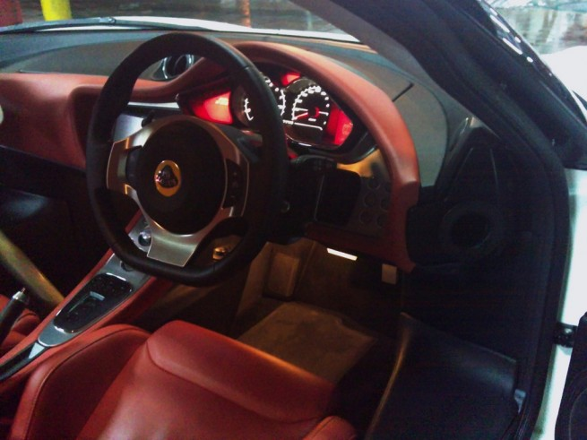 Lotus Evora IPS interior
