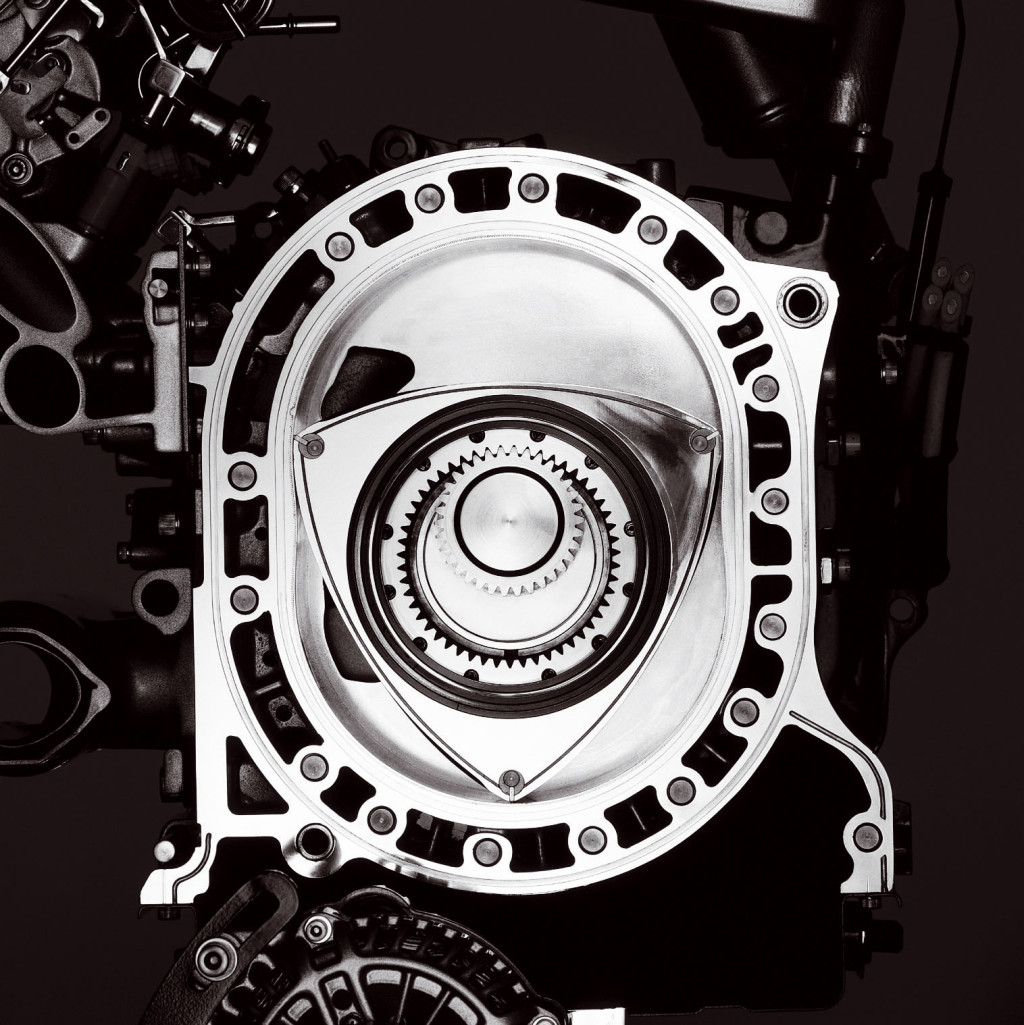 rotary engine Rotary engines or wankel engines are a type of internal combustion engine, most popularly used in the mazda rx-7, which converts heat from the combustion of a high.