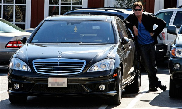 20 Celebrities And Their A-List Cars