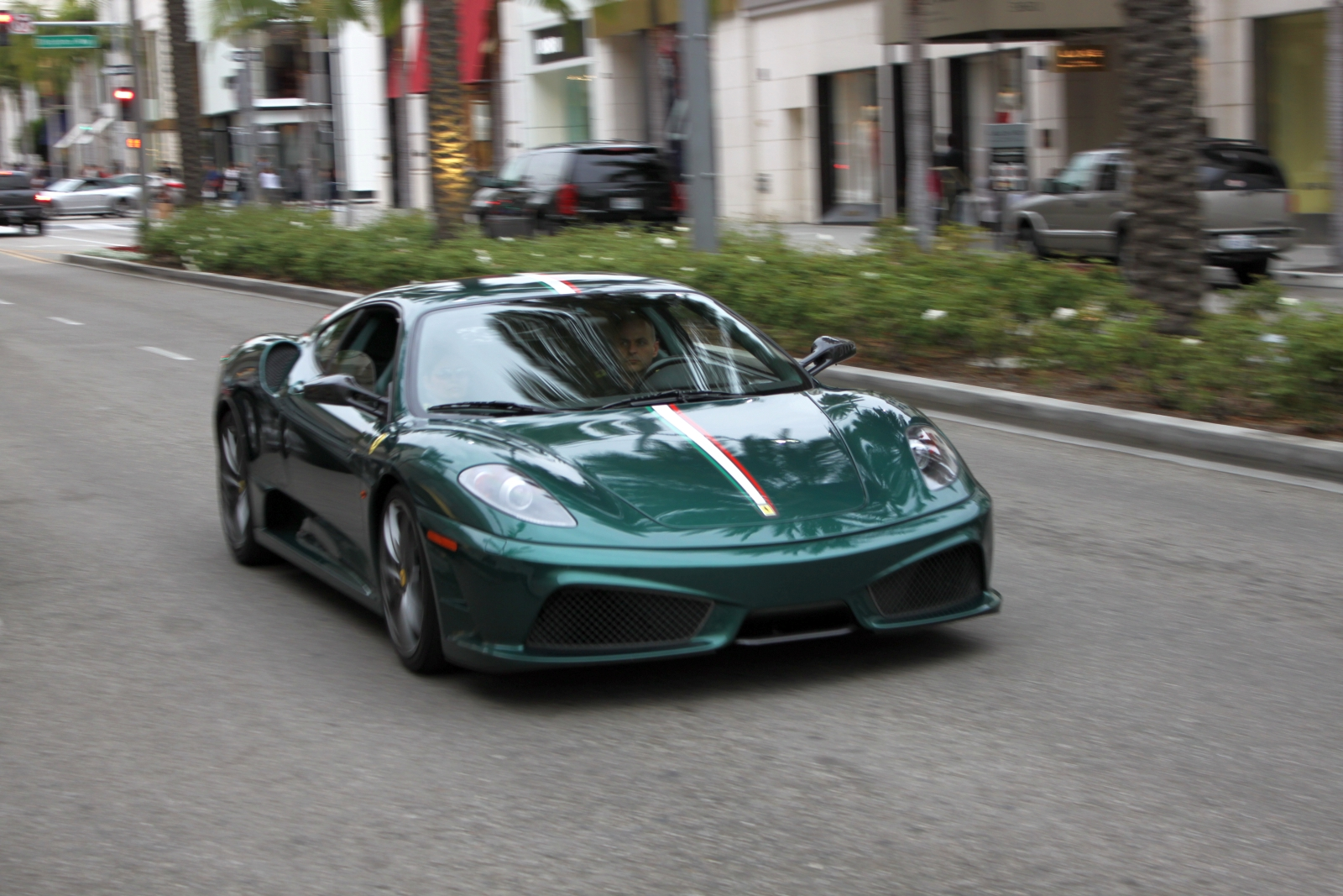 Color car los angeles - Green Is Not A Color You Associate With Ferraris But It Works Surprisingly Well On This 430 Scuderia Here Of Course If You Re On Rodeo Drive