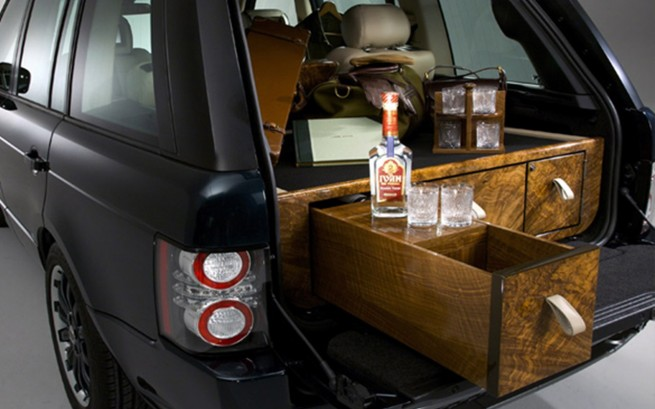 overfinch finally get their mits on posh 39 s range rover evoque. Black Bedroom Furniture Sets. Home Design Ideas
