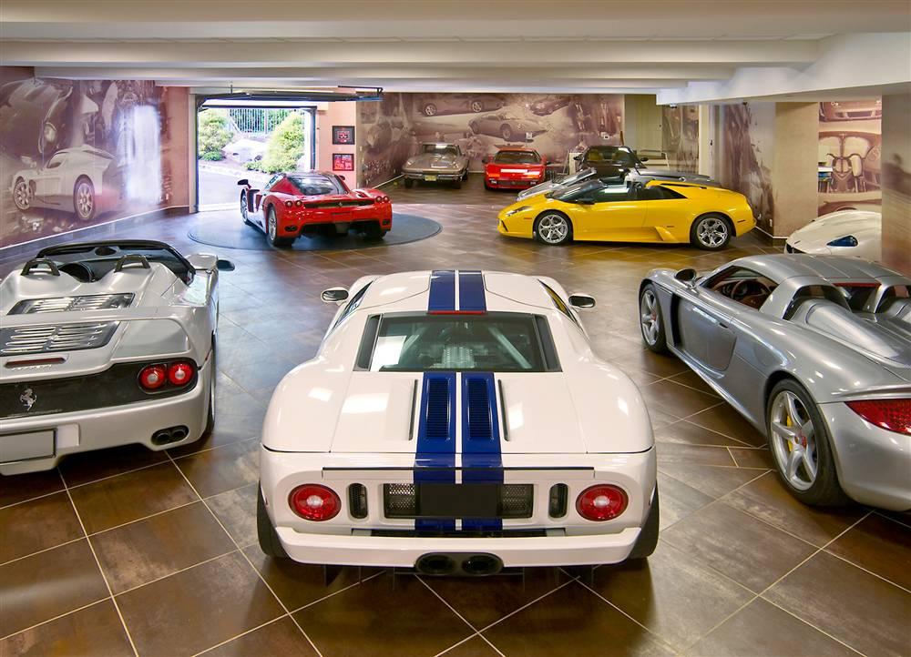 "Car Garage the perfect 10-car garage on a ""£100,000"" budget"