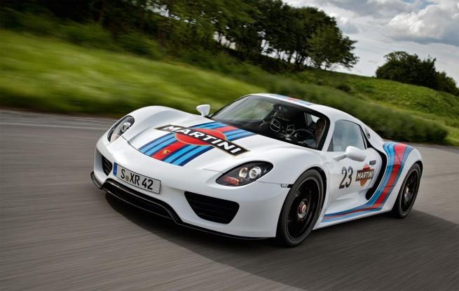 Porsche Spyder Hollywood Superstars Form An Orderly Queue
