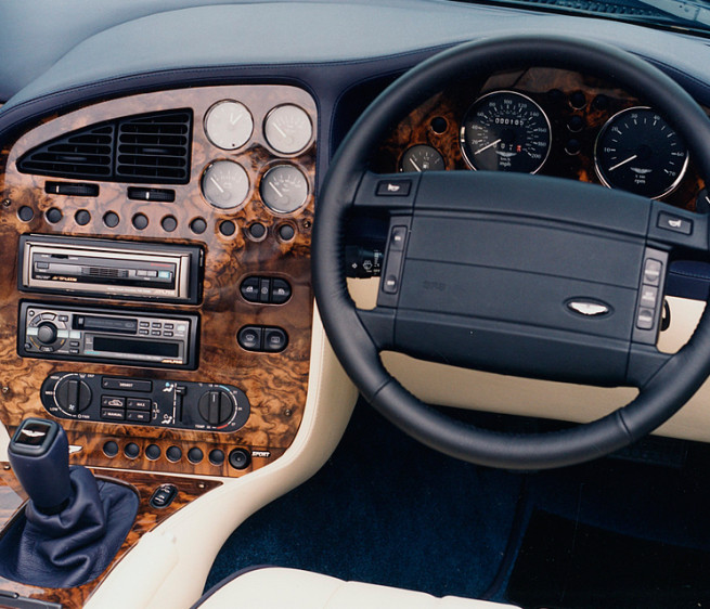 9 Ugly Steering Wheels We're Glad Are Dead