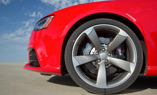 2013-audi-rs5-wheel-photo-479304-s-1280x782