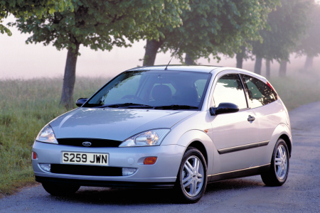 why the ford focus is an everyday 90s hero. Black Bedroom Furniture Sets. Home Design Ideas