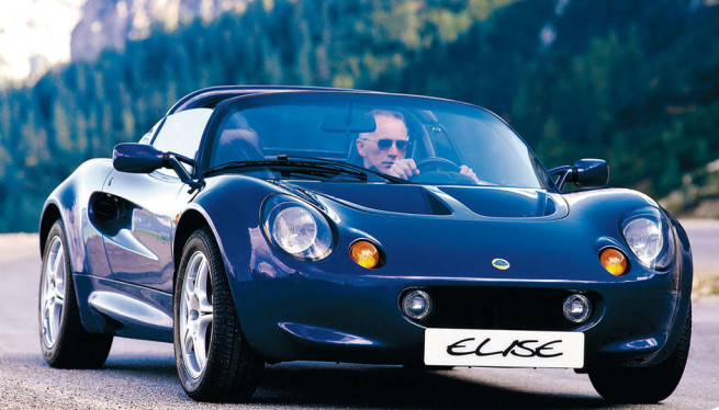 Why The Lotus Elise Is A Proper 90s Hero Car