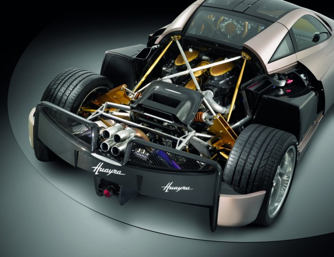 pagani-huayra-engine-14
