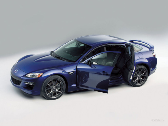 Attractive Mazda RX 8