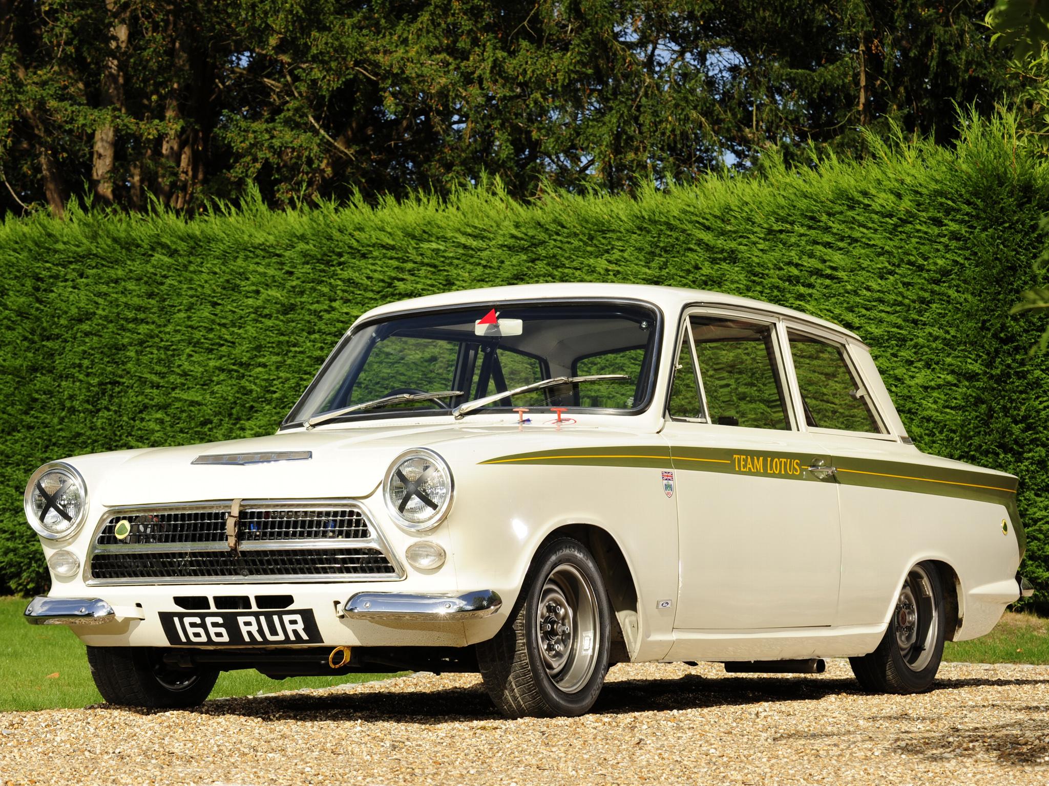 5 fords we re damn proud were built in britain. Black Bedroom Furniture Sets. Home Design Ideas