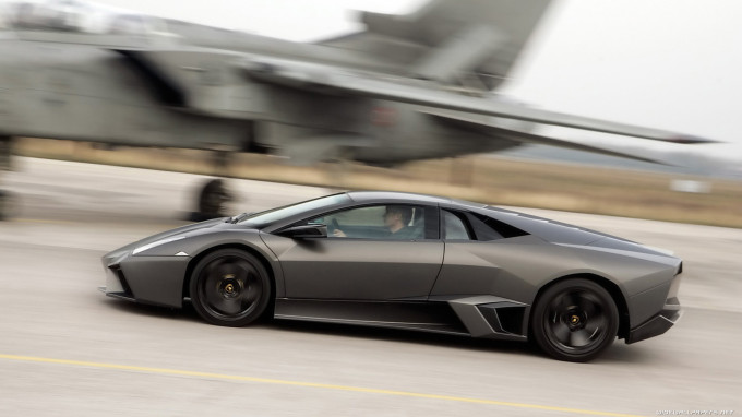 Lamborghini vs Jet Fighter - YouTube