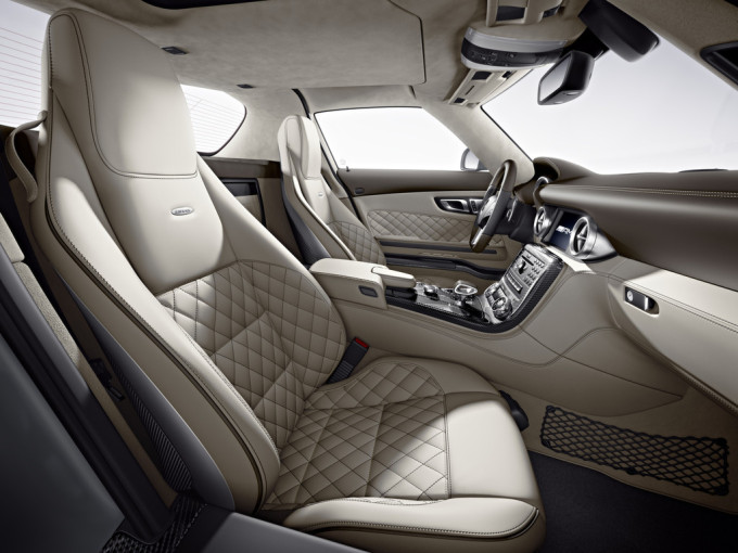 Poll which car has the most beautiful seats for Mercedes benz booster seat