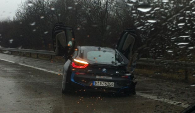 This Test Driver Just Wrecked A 200 000 Bmw I8 Prototype