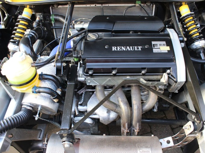 Classifieds Car Of The Day Renault S Scintillating Sport