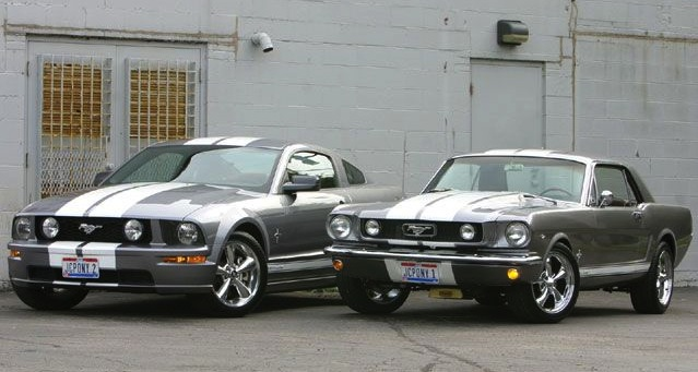Ford Mustang old v new