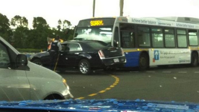 This Canadian Bus Is So Polite It Says Sorry For Crashing