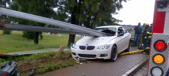 How Anyone Survived This Brutal Guardrail Bmw Penetration
