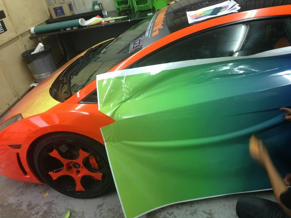 Rainbow Wrapped Lamborghini Gallardo Hot Or Not