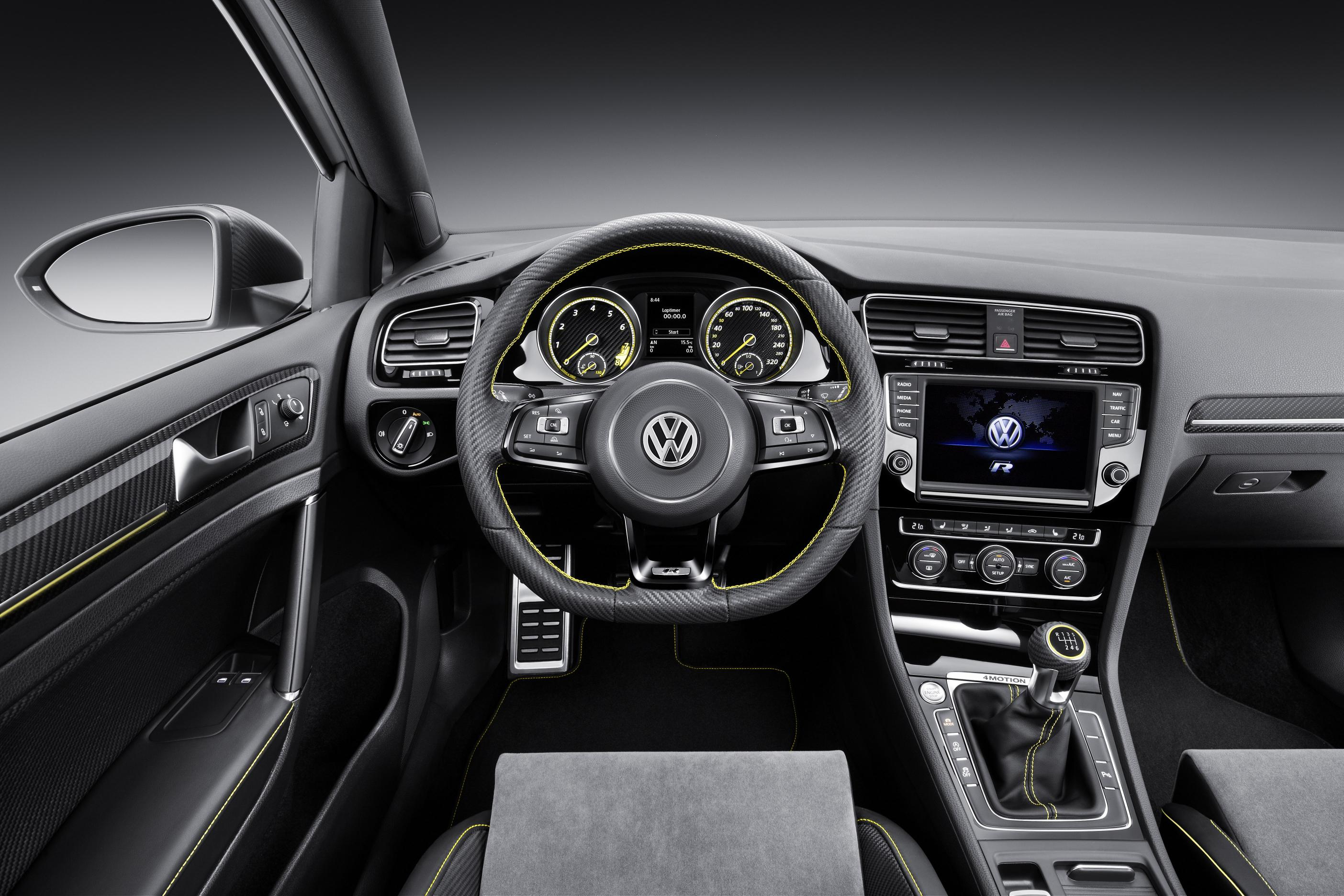 VW Golf R 400_03