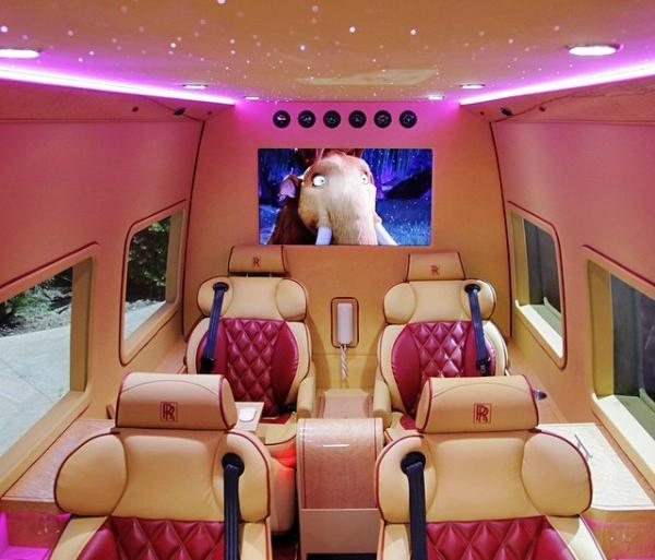 Tyrese Gibson S Rolls Royce Van Is The Most Luxurious